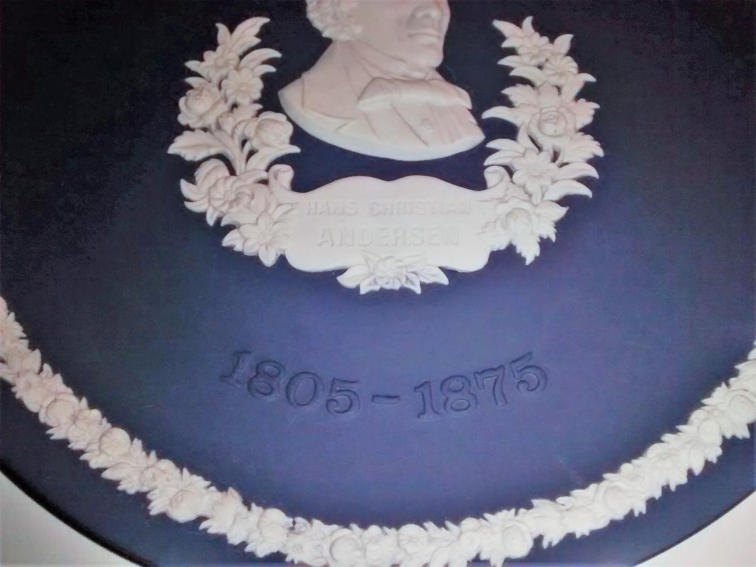 Vintage Wedgwood Hans Christian Andersen Plate Ltd. Ed. 1975 Portland Blue Jasperware