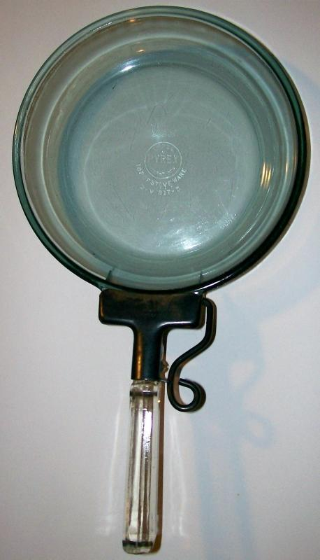 Vintage Pyrex Flameware Skillet w/ Detachable Handle