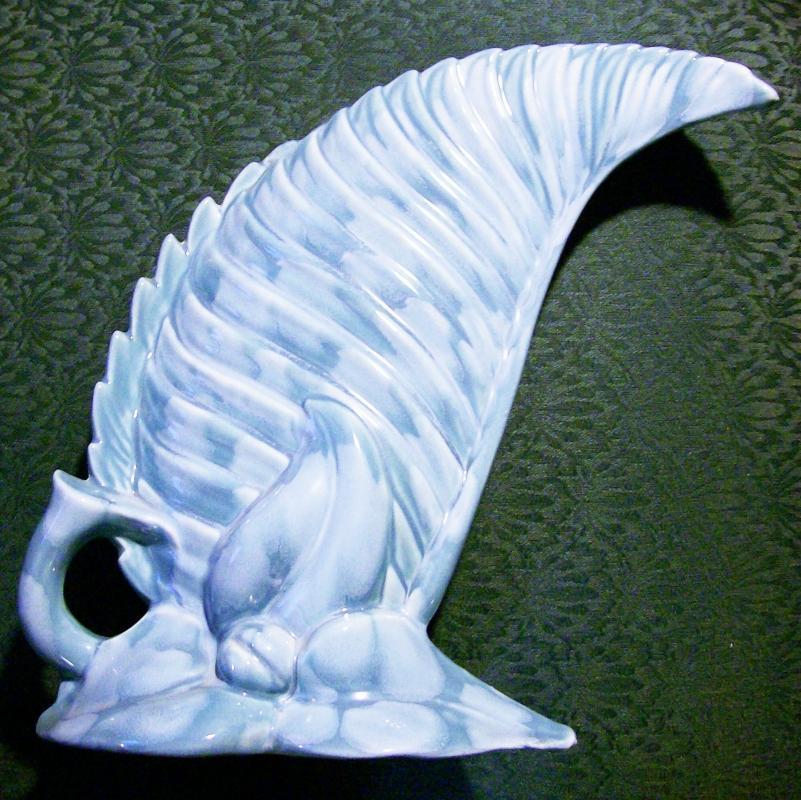 Vintage Royal Haeger/Hickman Leaf Vase #138 Cloudy Blue 12