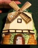 Vintage Cottageware Windmill Honey/Jam Pot 1930's Japan 4.25