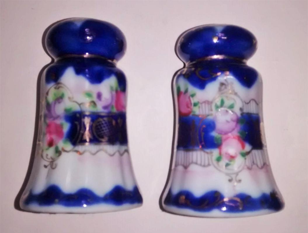Antique Nippon/Japan Cobalt Decorated Salt & Pepper Shakers HP Roses/Gold