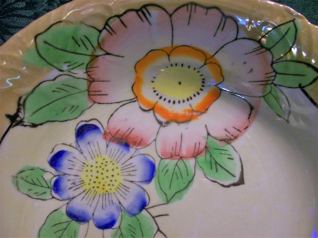 Vintage Japanese Lusterware Bowl Hand-Painted Flowers 8