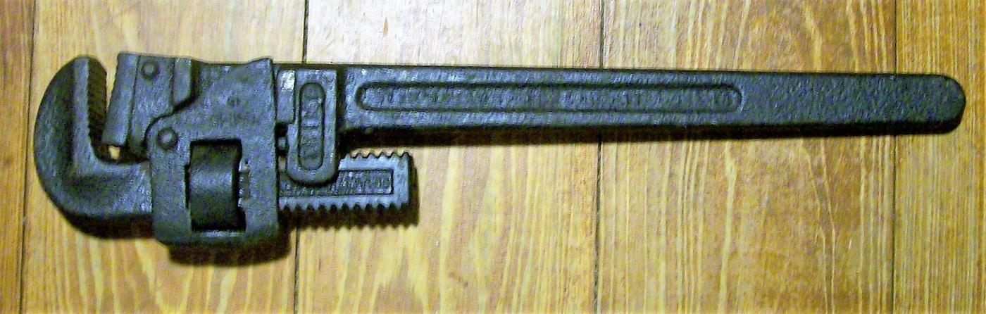 Antique Trimont Trimo Pipe Wrench #18 16.5