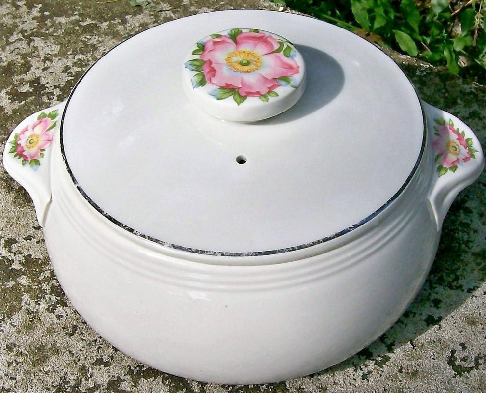 Vintage Hall Rose White Covered Casserole #658