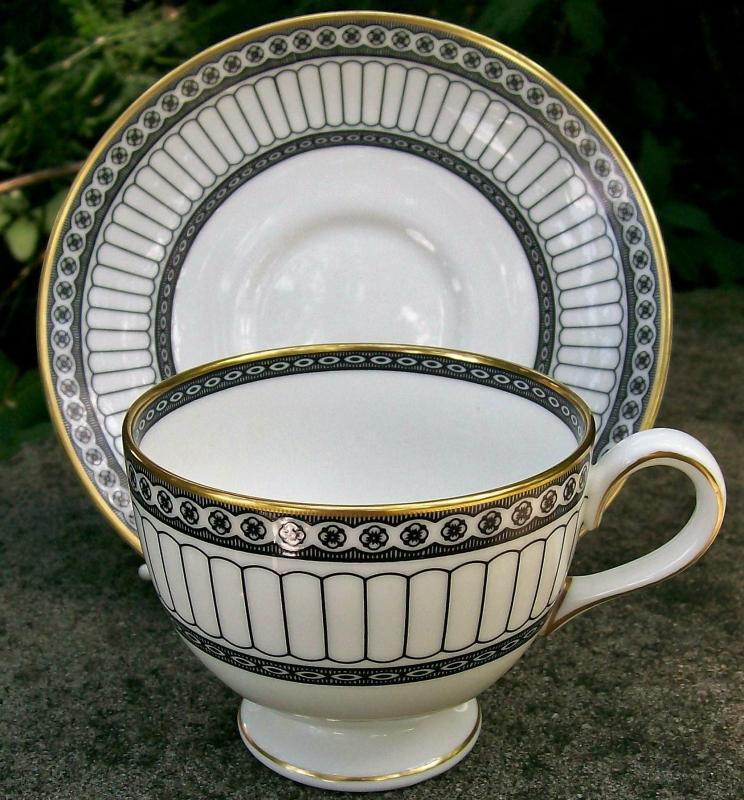 Vintage Wedgwood Colonnade Footed Cup/Saucer Black & White R4340 Bone China