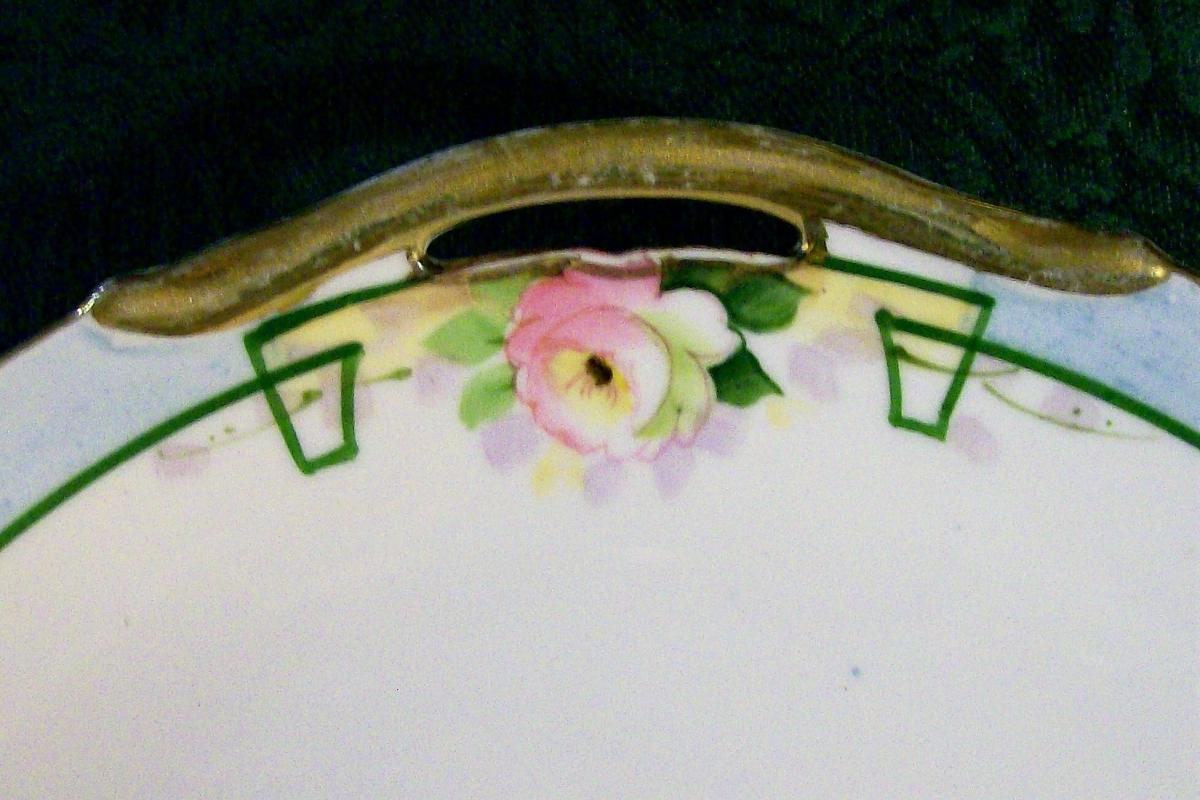 Antique Noritake Nippon Cake Plate NIP59 HP Roses/ Blue Border/ Green Line