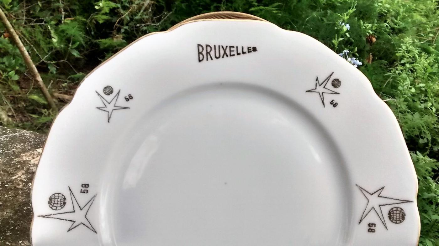 Vintage EXPO 58 Brussels Belgium Souvenir Plate Czech