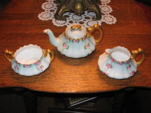 T. &  V. LIMOGES H. PAINTED TEA SET