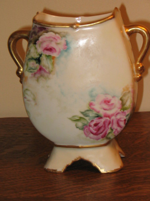 HAND PAINTED ELITE LIMOGES VASE