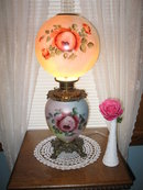 HAND  PAINTED ROSES  GWTW  LAMP