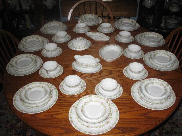 ANTIQUE LIMOGES DINNER SET