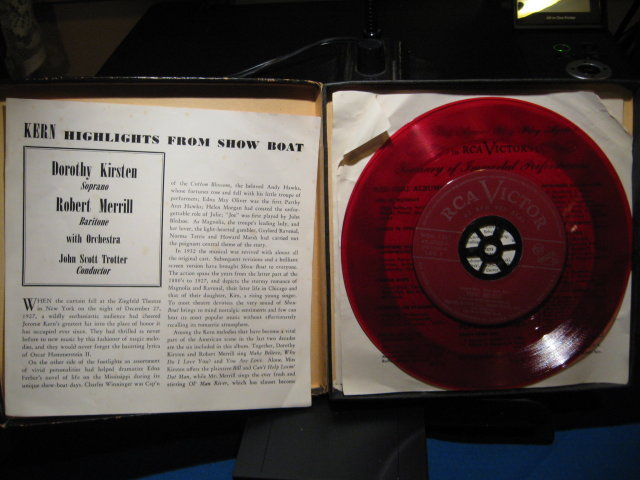 Show Boat Dorothy Kirsten & Robert Merrill 45 RPM Record Set in Original Case