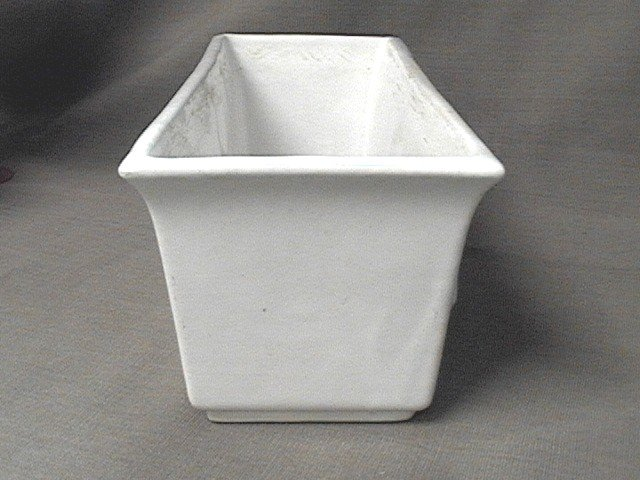 Roseville White Console Bowl 378-9