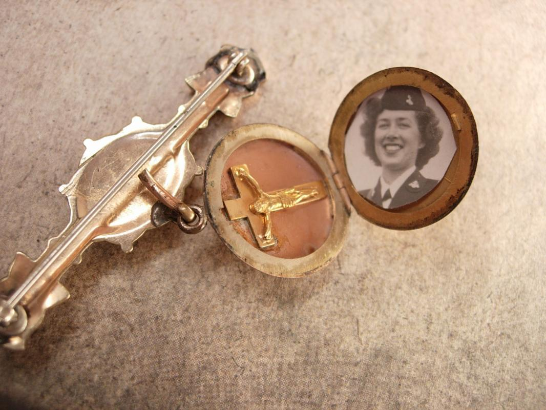 Antique Victorian Brooch Locket with religious medal crucifix & military photo with history