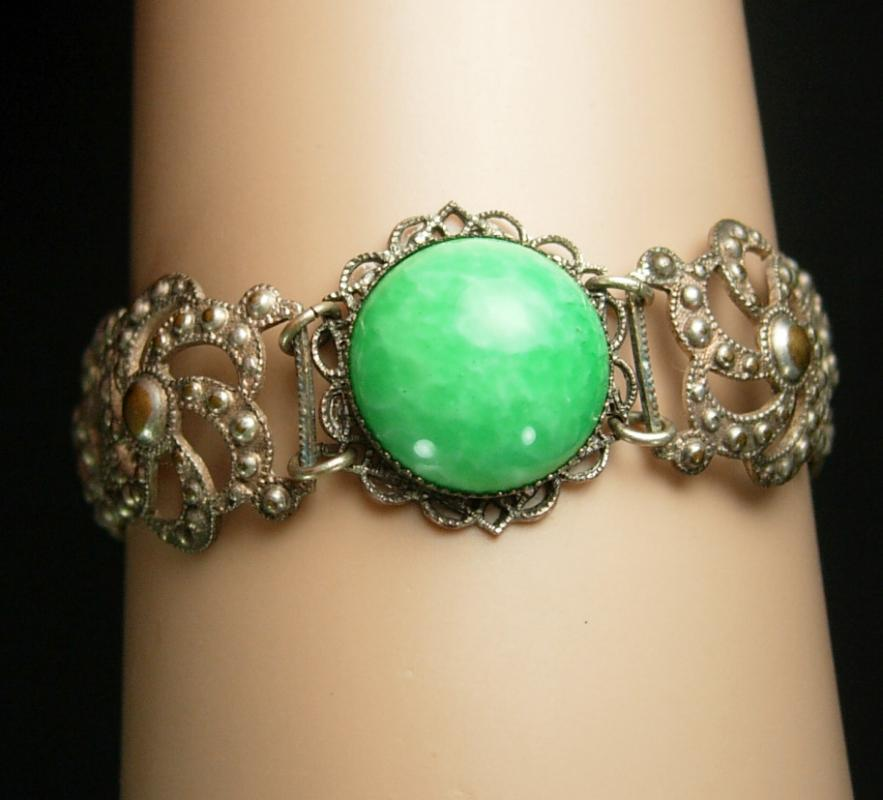 Vintage PEKING glass Bracelet Chinese silver filigree Oriental relief antique jewelry