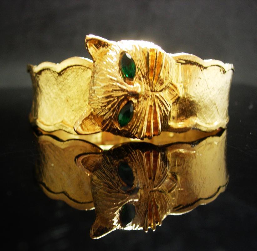 Arm Band Artisan Mexico AK2 Chunky Cuff Bracelet Bangle Big Brass Bracelet Mexican Folk Art Engraved Deer Stag Totem 1970s Estate Jewelry