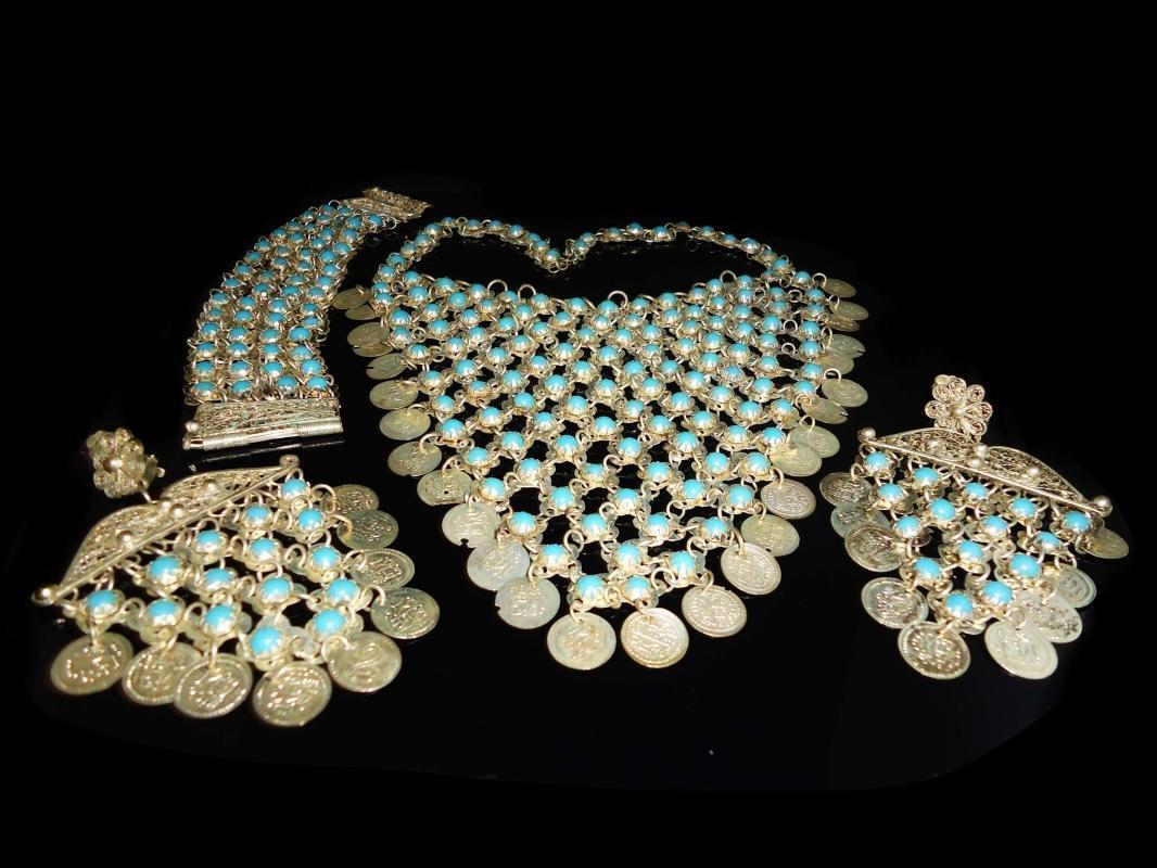 Vintage Fringe necklace - turquoise bracelet - chandelier earrings - hippie parure  - Goddess necklace set