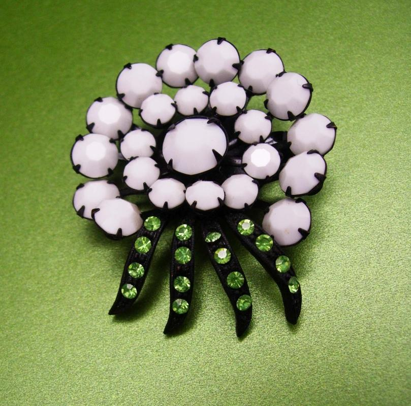 Vintage Spider Brooch green RHINESTONE milk glass pin japanned black flower spider plant lapel hat pin