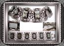 Vintage STUNNING  HUGE glass Bracelet & ER