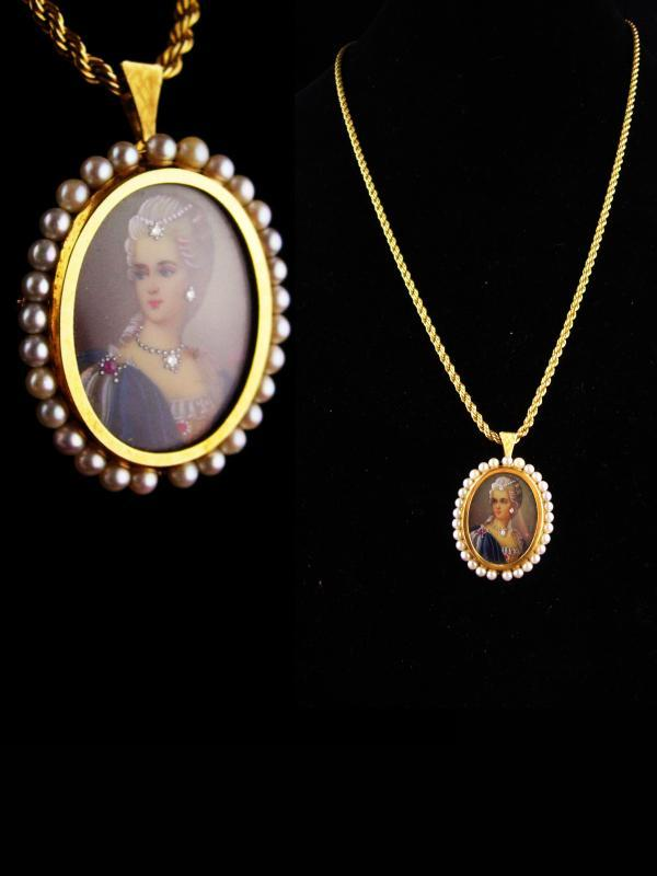 18kt gold cameo pendant / Victorian portrait  genuine diamond / Corletto Italy / ruby hand painted brooch / pearl pendant / Antique woman