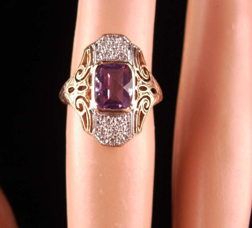Vintage 12 Diamond amethyst ring romantic jewelry 10kt yellow white gold size 3 1/2 fine estate jewelry Victorian open back setting