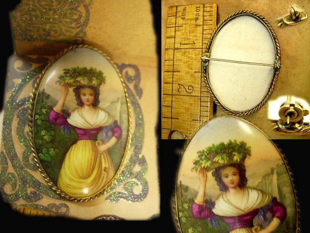 ANtique cameo brooch bohemian woman portrait Italian