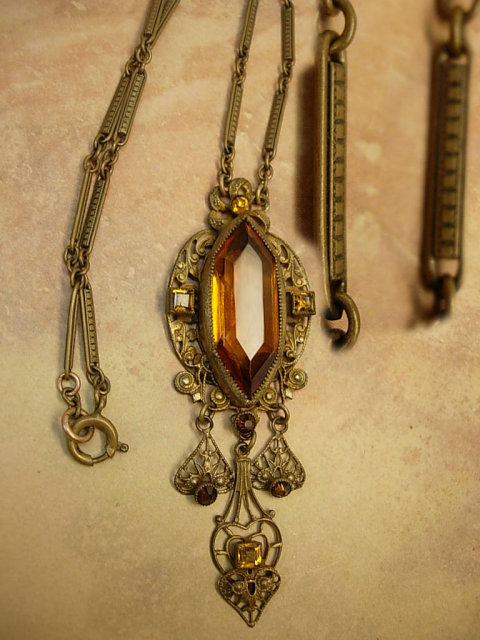 Vintage Art Deco Czech Glass Girandole necklace