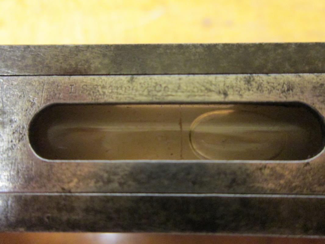 L. S. Starrett Machinist Bench Plumb/Level 12 inch
