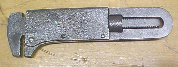LaVigne & Scott Pocket Wrench  5 inch Sandow