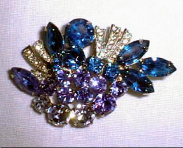 Brooch Pin Blue Rhinestone