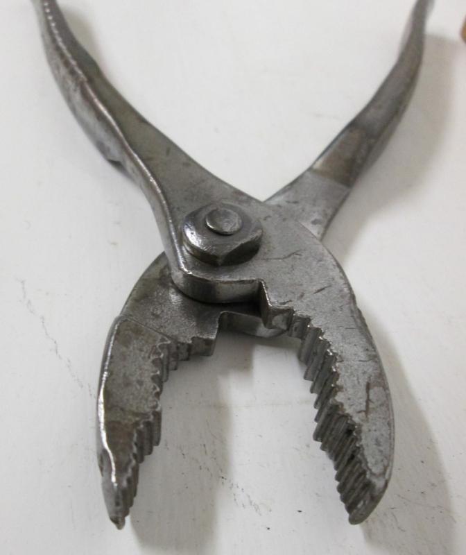 Utica Slip-Joint Combination Pliers No. 7-6 inch Vintage