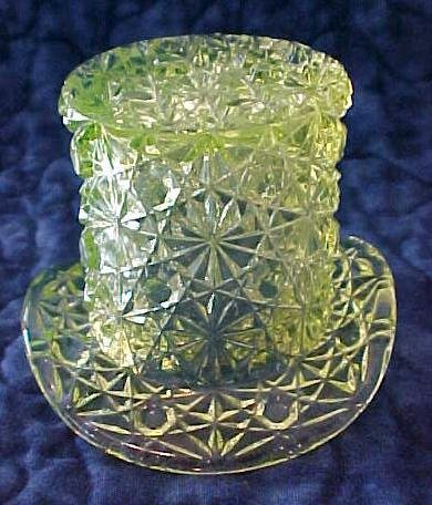LG Wright Vaseline Toothpick Holder Daisy Button