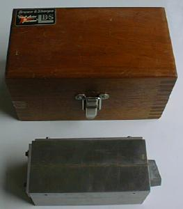 Brown & Sharpe Magnetic Block No. 760 & Fitted Case