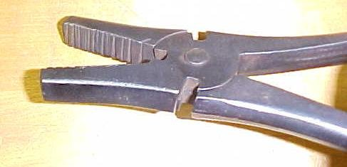 Telegraph Pliers & Wire Cutters 10 Inch Flat Nose