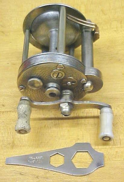 Pflueger Summit Level Wind Fishing Reel No. 1993