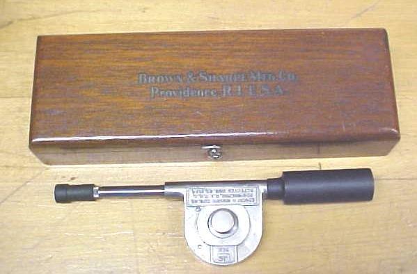 Brown & Sharpe Speed Indicator No. 748 w/Wood Case