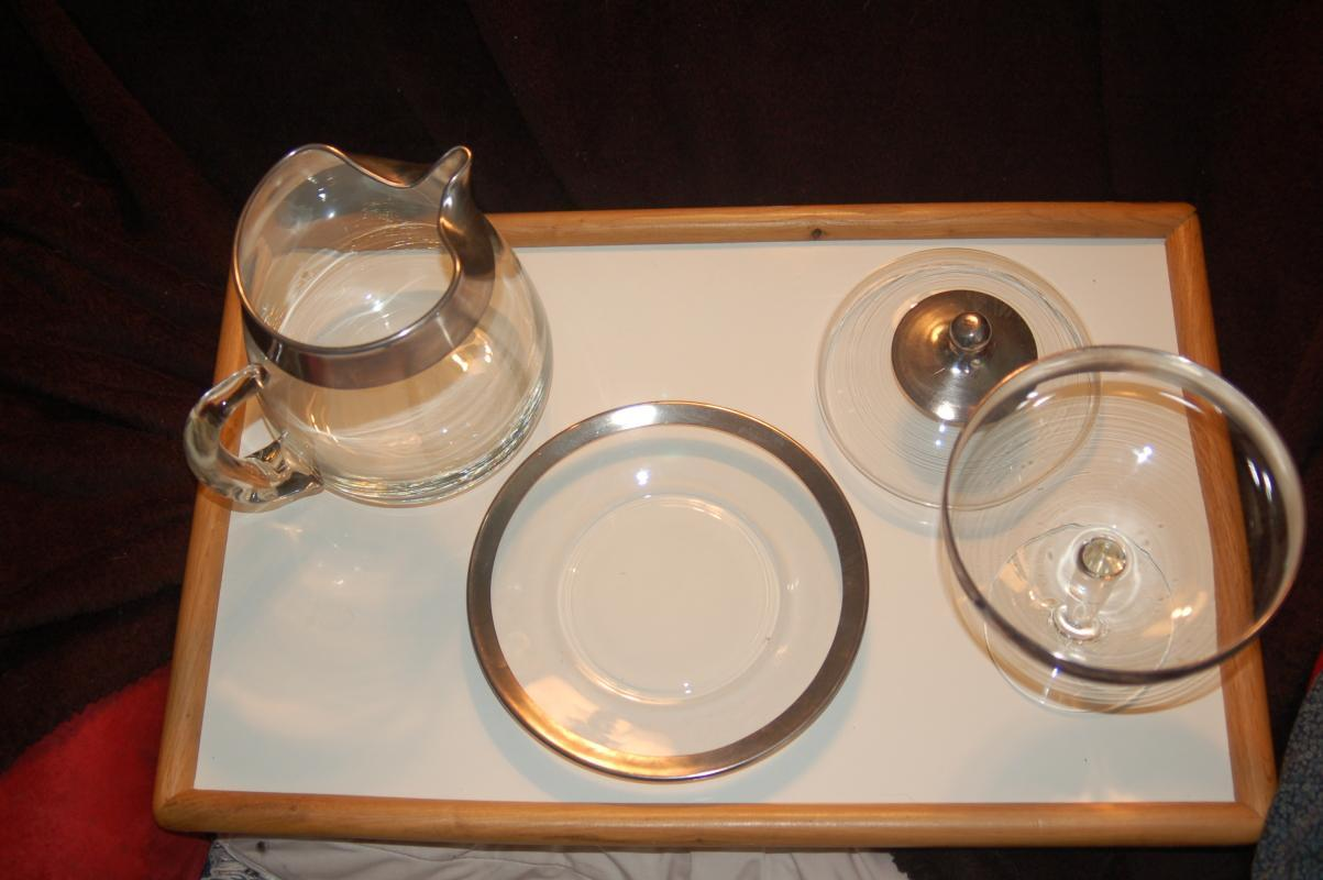 BEAUTIFUL VINTAGE SILVER TRIM SERVING SET