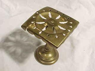 Brass Minature Table Shaped Stand