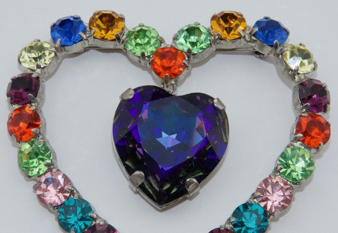 Outstanding Heart Brooch - by Butler & Wilson