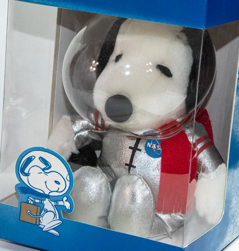 NASA LIMITED EDITION - SPACE SHUTTLE SNOOPY