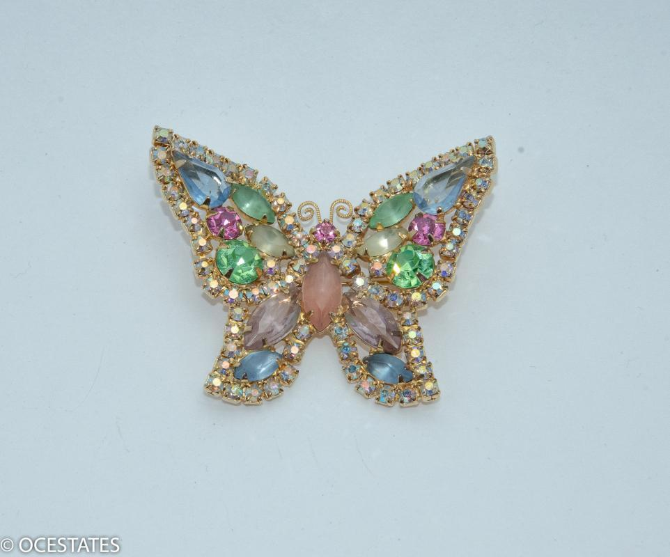 BEAUTIFUL VINTAGE RHINESTONE BUTTERFLY BROOCH