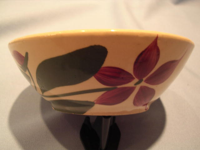 WATT POTTERYFIVE PETAL STARFLOWER #67 BOWL