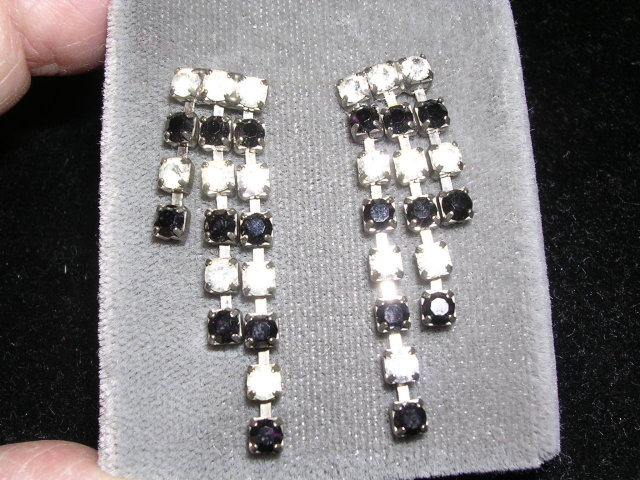 VINTAGE RHINESTONE  w/ BLACK DANGLE PIERCED EARRINGS