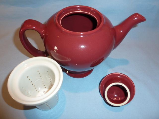 MC CORMICK SPICE COMPANY MAROON TEA POT WITH INFUSER