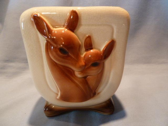 VINTAGE ROYAL COPLEY  THREE DIMENSIONAL DEER AND FAWN PLANTER