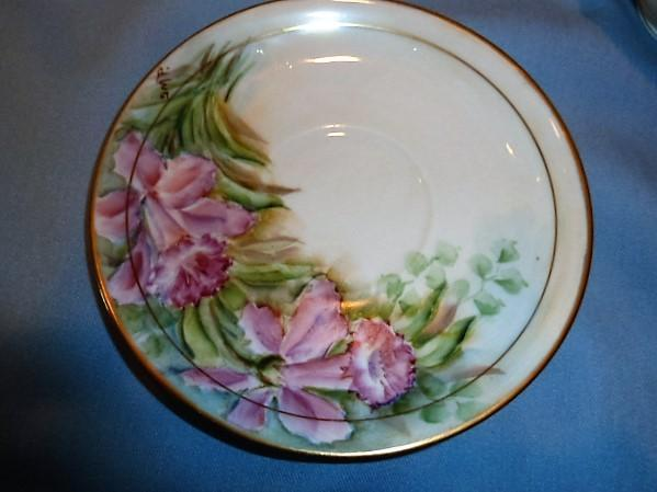 Beautiful Shelton China Cup and Saucer Pink Trumpet Flower