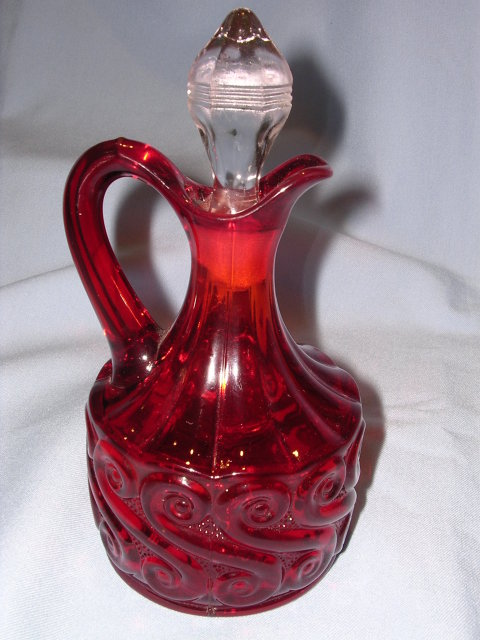 RED GLASS  REPEATING