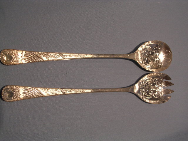 OLD ENGLISH SILVERPLATE SALAD FORK AND SPOON SET