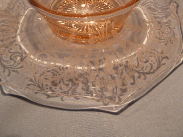 ETCHED PINK DEPRESSION GLASS ROLLED EDGE CONSOLE BOWL CHERUB DESIGN
