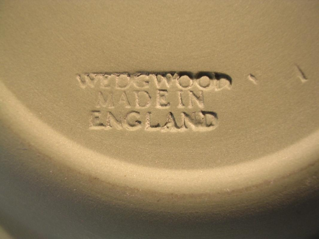 WEDGWOOD CELEDON GREEN JASPER WARE AURORA  ASHTRAY